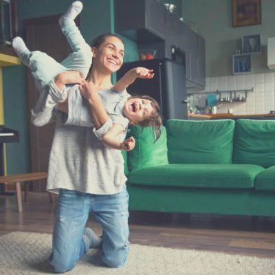 Au Pairs can watch the kids after school until the parents get home